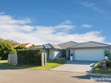 15 Seaspray Avenue, Nelson Bay, NSW 2315