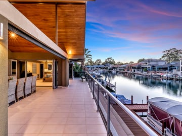 2 Ragamuffin Point, Halls Head, WA 6210