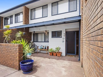 25/12 Parker Avenue, Surf Beach, NSW 2536