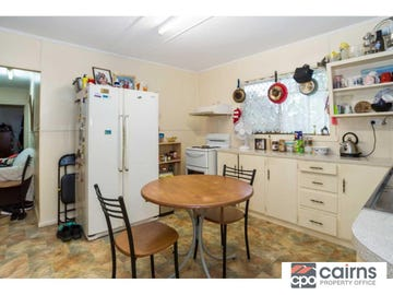 23 Dunn Street, Cairns North, Qld 4870