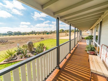 126 Kangaroo Flat Road, Cowra, NSW 2794