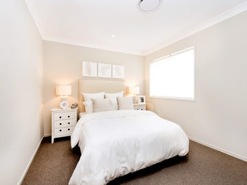 Lot 305 Meyer Crescent, Clyde North, Vic 3978