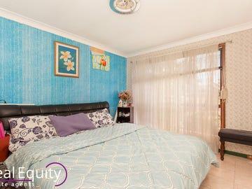 13 Ledbury Place, Chipping Norton, NSW 2170