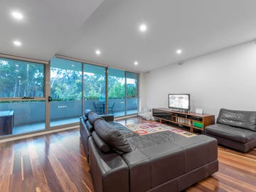 114/21 State Circle, Forrest, ACT 2603