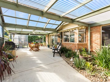 19 Hutchins Park Close, Mornington, Vic 3931