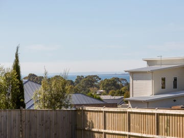 14 Peninsula View, Cowes, Vic 3922