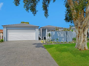 1/52 Laguna Place, Port Macquarie, NSW 2444