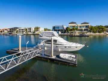 84 Royal Albert Crescent, Sovereign Islands, Qld 4216