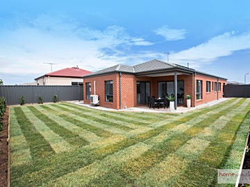 8 Firecrest Rd, Manor Lakes, Vic 3024