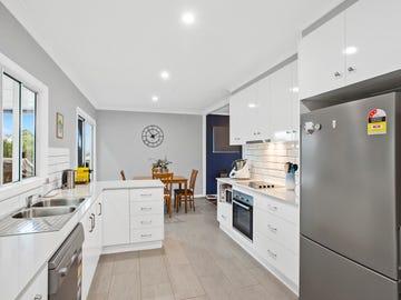 2 Sourris Street, Mount Lofty, Qld 4350