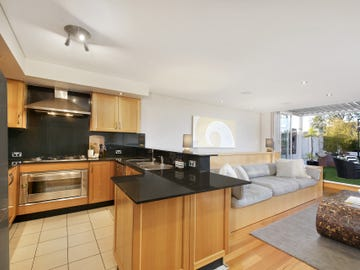 11/27-29 Sturdee Parade, Dee Why, NSW 2099