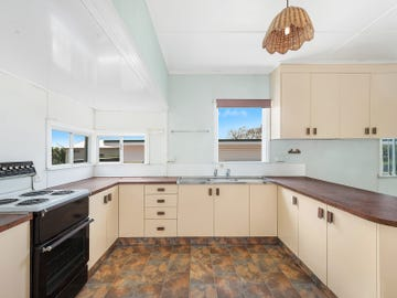 179 Alderley Street, Centenary Heights, Qld 4350