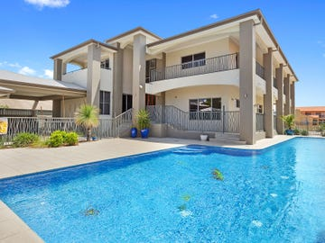 24 Midshipman Court, Paradise Waters, Qld 4217