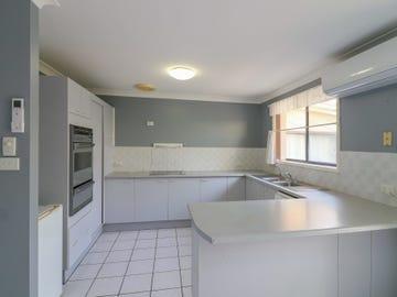 4 Lloyd George Grove, Tanilba Bay, NSW 2319