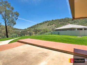11 Scarborough Close, North Tamworth, NSW 2340