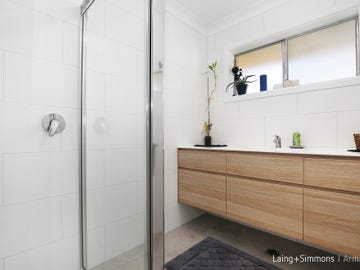 13 Chestnut Avenue, Armidale, NSW 2350