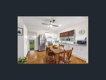 52  West Avenue, Wynnum, Qld 4178