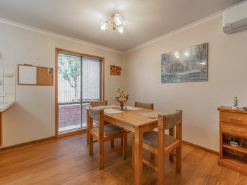 4/16 Wade Street, Golden Square, Vic 3555