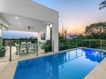 32 Robertson Place, Fig Tree Pocket, Qld 4069