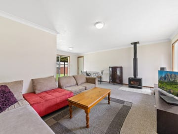 135 Pacific Highway, Charmhaven, NSW 2263