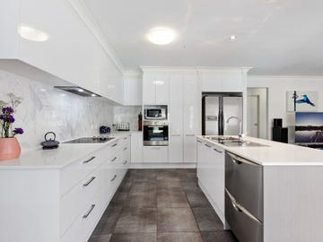 11 Red Gum Crescent, Wakerley, Qld 4154
