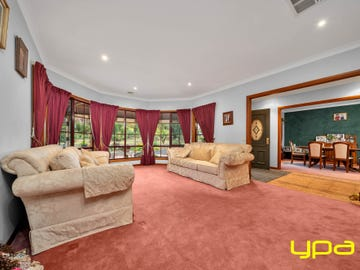 4 Leisureland Drive, Langwarrin, Vic 3910