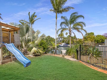 20 Poinciana Boulevard, Broadbeach Waters, Qld 4218