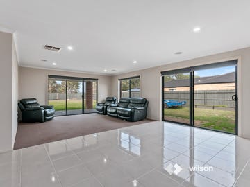 20 Rowley Close, Rosedale, Vic 3847