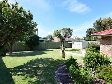 36 Oval Drive, Shoalhaven Heads, NSW 2535
