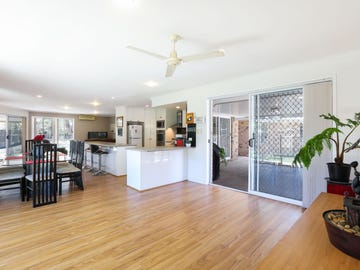 10 Morfantaine Terrace, Parkwood, Qld 4214