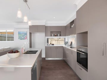 312 Hume Street, Centenary Heights, Qld 4350