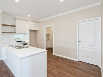48 Quiberon Way, Goulburn, NSW 2580