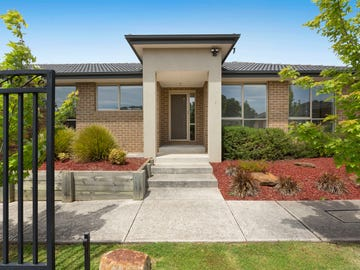 1/1A Annette Court, Hastings, Vic 3915