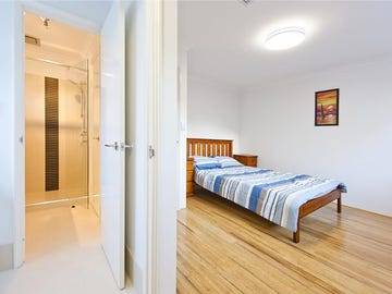33 Nautilus Crescent Scarborough Wa 6019 House For