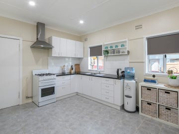 6 Kelso Street, Goulburn, NSW 2580