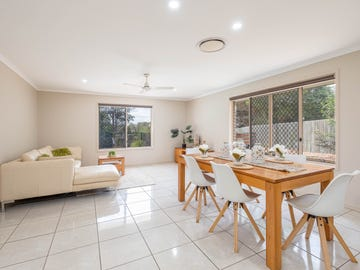 10 Rosewood Court, Southside, Qld 4570