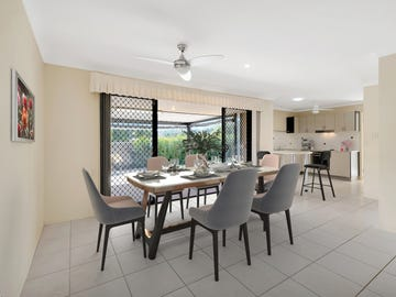 7/136 Pacific Pines Boulevard, Pacific Pines, Qld 4211