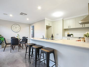 1/42 Hotham Circuit, Thurgoona, NSW 2640