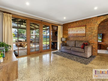 9 Settlers Place, Maiden Gully, Vic 3551