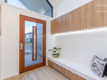 68 Aprasia Avenue, Googong, NSW 2620
