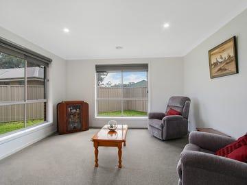 9 Sarah Court, Howlong, NSW 2643