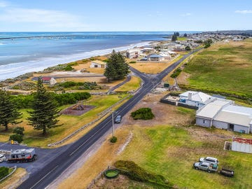 7 Eight Mile Creek Road, Port Macdonnell, SA 5291