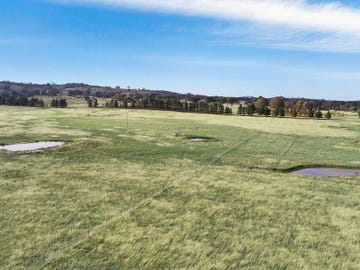 48 Mcleods Creek Drive, Gundaroo, NSW 2620