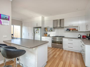 402 Glebe Road, Hamilton South, NSW 2303