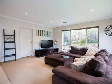 8/146 Mansfield Avenue, Mount Clear, Vic 3350