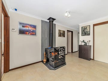 20 Carwoola Place, Queanbeyan East, NSW 2620