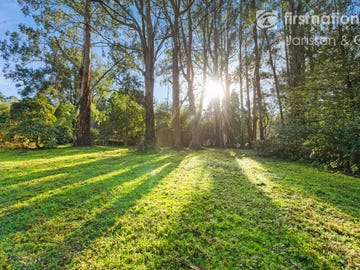 8-10 Bonnie View Road, Mount Dandenong, Vic 3767