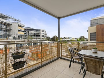 19/8 The Crossing, Caroline Springs, Vic 3023