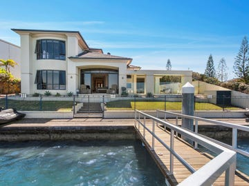 42 King Charles Drive, Sovereign Islands, Qld 4216