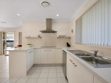 12 Chestnut Place, The Gap, Qld 4061